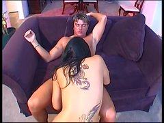 Young hottie double-penetrated
