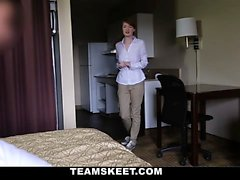 Beauteous hotel employee chick Abbey Rain gets a warm cum