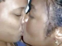 Nigerian Teen Lesbos