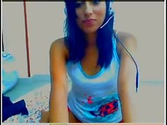 Sweet teen is being super naughty 6sext
