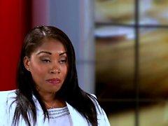 Ebony babe gets a perfect facial