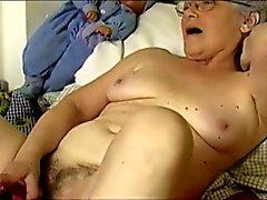OmaPass Sexy grannies masturbating her hairy pussy