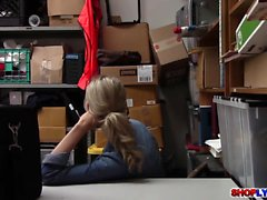 Skinny teen Emma Hix bangs by a horny officer