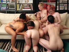 Mesmerizing lesbian orgy on the couch