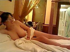Roommate fuck04