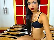 Cute Indian Teen getting nude at Chat