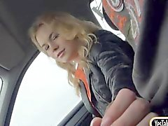 Amateur blondie teen girl Nishe pounded in the back seat