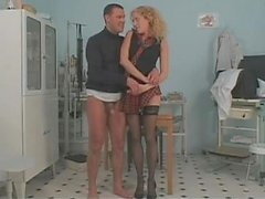Long legged curly babe seducing doctor