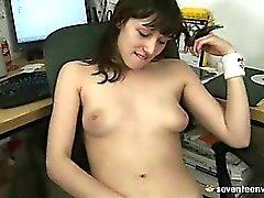 Computer girl masturbating