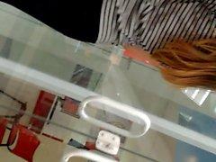 Novinha Gostosa no Shopping