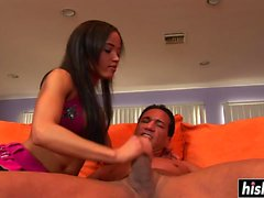 Cute chick makes a horny guy happy