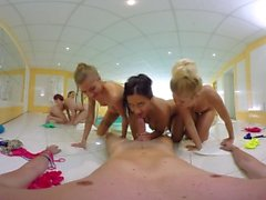VR BANGERS-Five Crazy Hot Girls Fuck And Suck In The Sauna