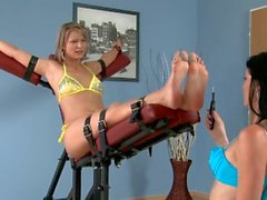 Tickle Czech On Devil Samantha