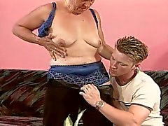 Blonde granny fuck by young boy on hairy her cunt