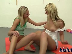 Kathy and Kelly have some lesbian fun