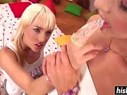 Blonde gets drilled by her girlfriend