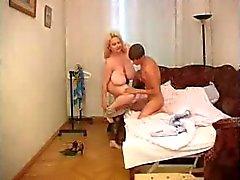 Moden Kvinde & Ung Fyr - Mature Woman & Young Boy 8
