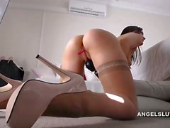 Cam Sex Show With Kinky Brunatte