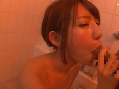 Teen Japanese blows cock in the bath