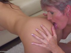 Mature sexy lesbians fuck young chicks