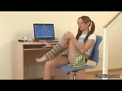 Teenager in a short skirt likes showing pussy