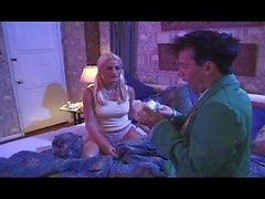 Marcia's Twat A XXX Brady Parody - Scene 2