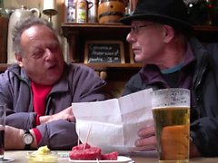 Hooker bangs old tourist