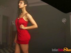 Indian College Girl Shanaya Loves To Get Naked Teasing With Her Juicy Tits