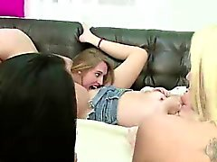 Group of teen lesbian amateurs lick cunt in college sorority