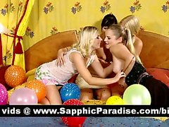 Amazing brunette and blonde lesbos kissing in a great four way lesbo orgy