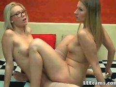 Lesbian twins have pleasure togheter