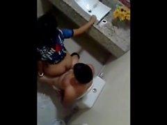 Chapadinha Flagrada Fudendo No Banheiro