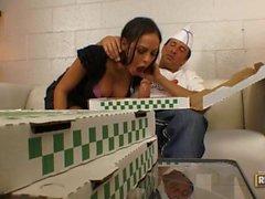 Angelina Valentine Grabs Lunch