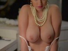 Women are beautiful (erotic)