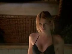 Bella Thorne - Scream S1E01