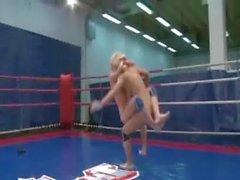 Blondie babes fight hard screaming