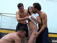 Andrea Johana sucks off some dudes