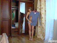 Pregnant Izolda #01 from mypreggo