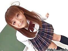 An Nanairo Asian Schoolgirl Having her