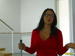 Kinky MILF Jaclyn Taylor banged in the muff by teen