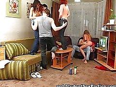 Homemade drunken coed orgy