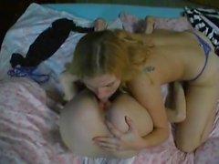 LesbianTeens rim