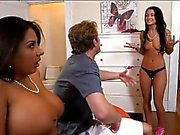 Candi Coxx and Kelly Diamond threesome in the bedroom