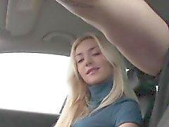 Stranded blonde teen gives driver hj