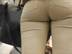 ass in tight white jeans voyeur