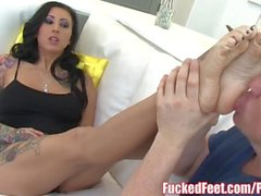 Tattoo babe Lily Lane Gets Feet Worshiped and Gives Footjob!