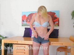 Blonde babe Trillium shows you her pretty bush