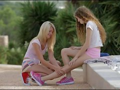 2 teens Vanessa and Izzy Delphine lesbian action
