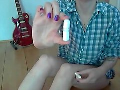 Warm teenage tells us more abour her pads and tampons