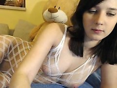 teen kriss sexy21 flashing boobs on live webcam